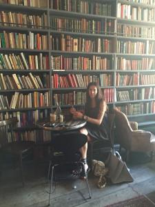 Used Book Cafe - Paris
